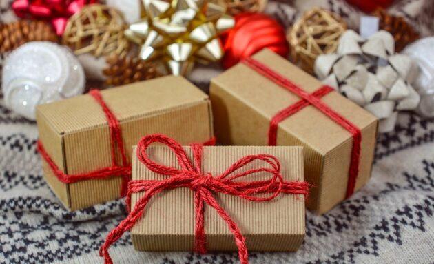 natale 2020 riciclare regalo