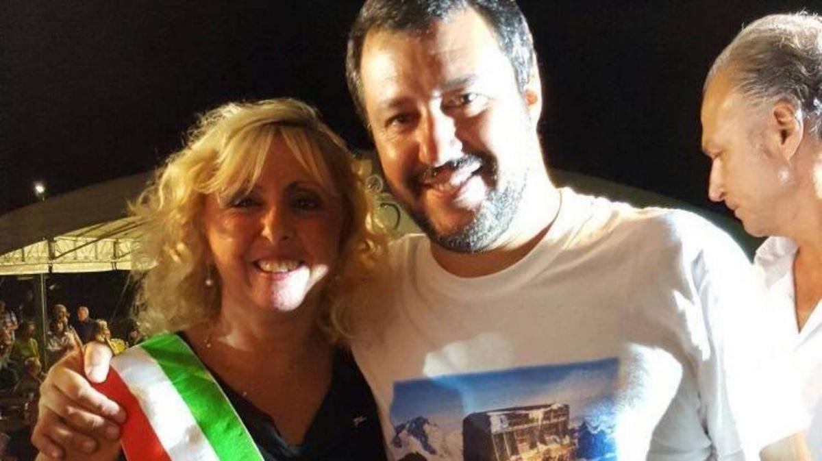 sindaca leghista Michela Rosetta e Salvini