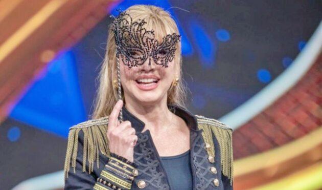 """""""Il Cantante Mascherato"""" al via la seconda edizione: Milly Carlucci svela nuovi indizi"""