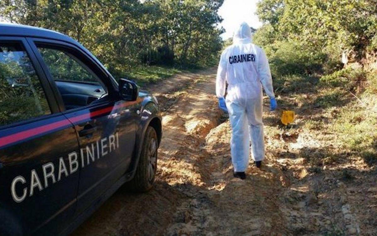 Palermo, trovato il cadavere bruciato di una ragazza di 17 anni: era in un burrone