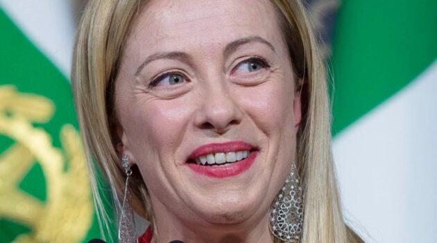 Giorgia Meloni laurea