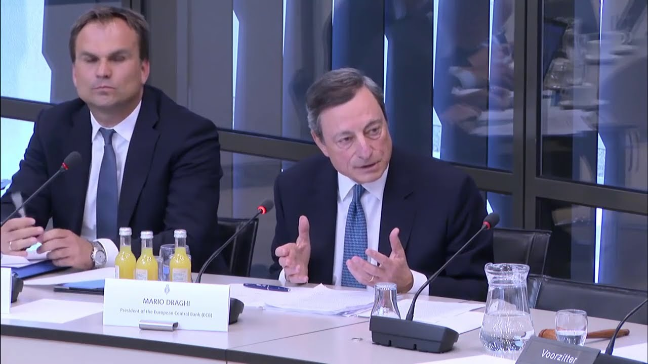 Mario Draghi vaccino