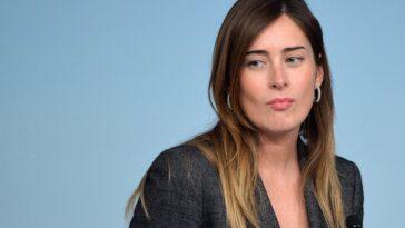 video Beppe Grillo difende il figlio