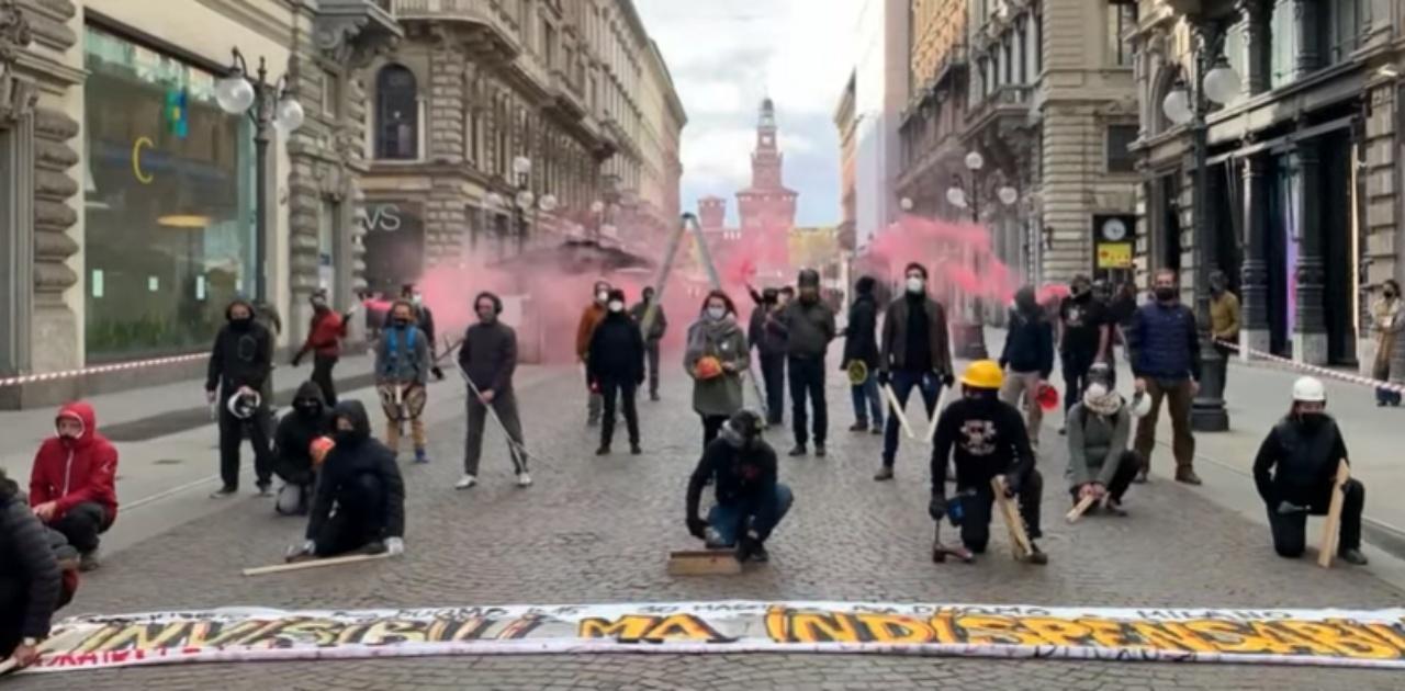 Milano oggi flash mob lavoratori dello spettacolo