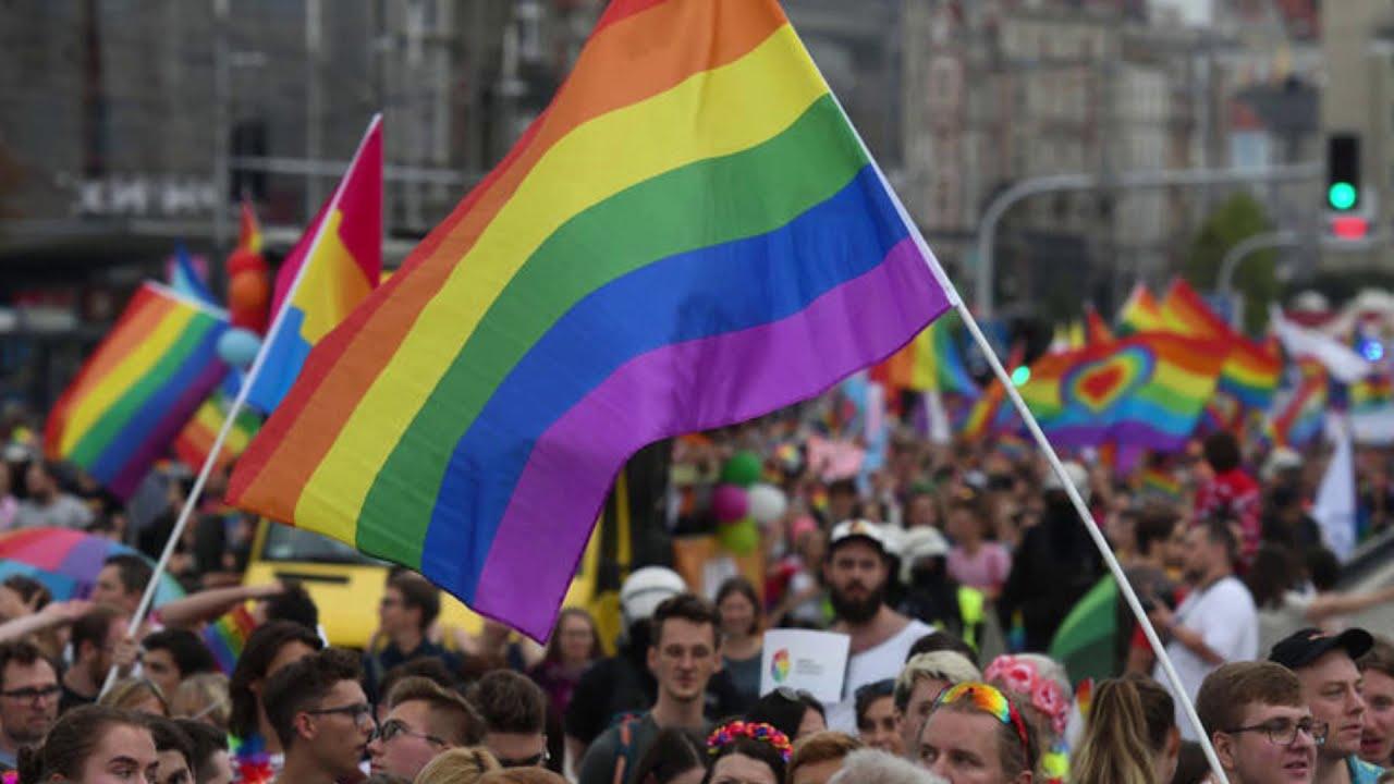 Legge zan |  la destra non dà tregua |  rinviato ancora il decreto contro la omotransfobia