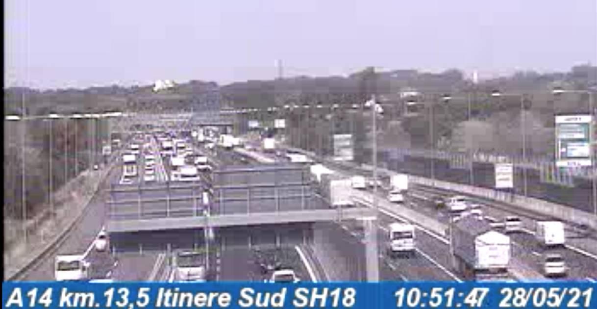 Autostrade in tempo reale oggi venerdì 28 maggio 2021