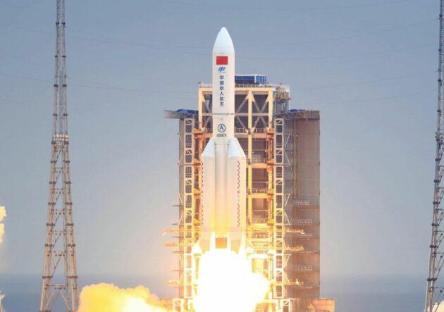 razzo cinese spaziale