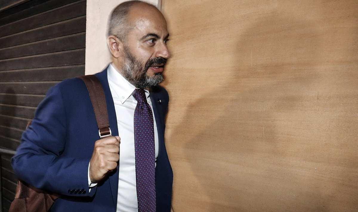 Paragone candidato sindaco a Milano sondaggi