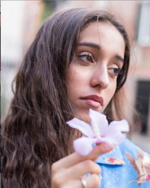 Giulia Stabile compleanno, una giornata speciale tra famiglia e amore: fan scatenati su Twitter
