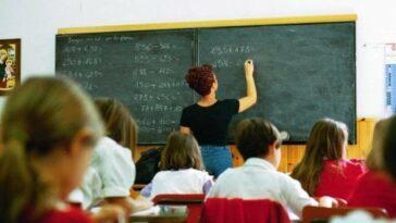 Assunzione precari scuola