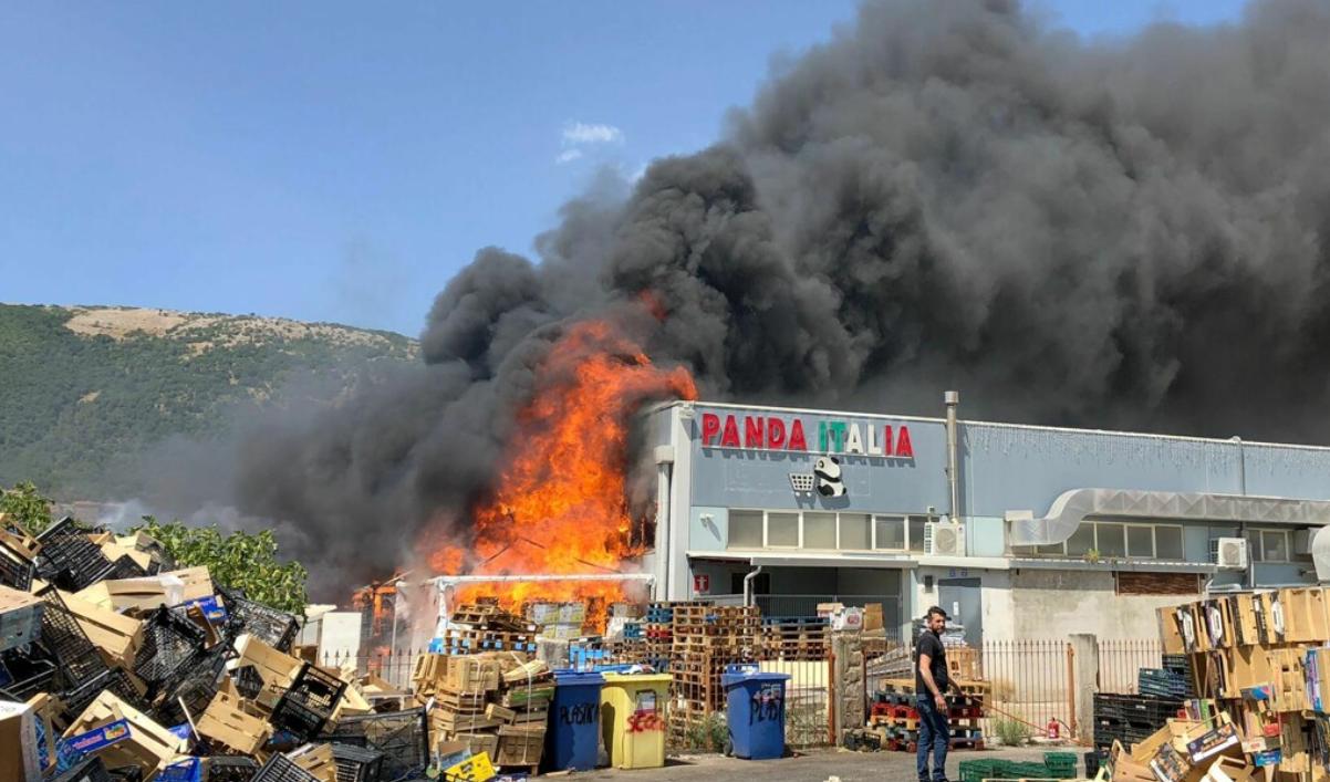 incendio san giovanni rotondo
