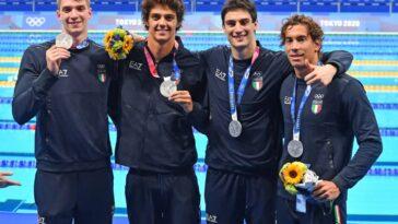 staffetta Italia nuoto