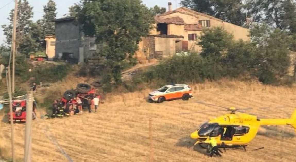 Pavullo nel Frignano incidente trattore
