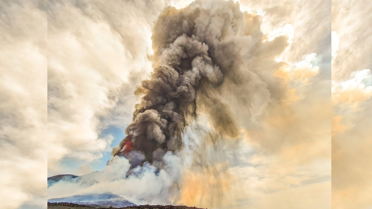 Etna eruzione oggi