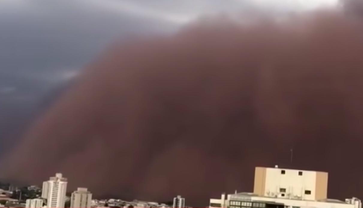 Tempesta di sabbia a San Paolo Brasile, immagini choc e 6 morti