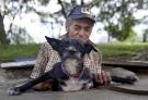 Senzatetto e l'amore struggente e incondizionato dei loro cani